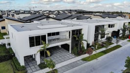 Price Reduced In Usd 60,000 / Sellers Offer Money Incentives For Closing Costs. - Panoramic View Of The House