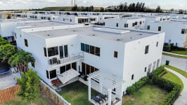 Price Reduced In Usd 60,000 / Sellers Offer Money Incentives For Closing Costs. - No Neighbors, Very Private Backyard