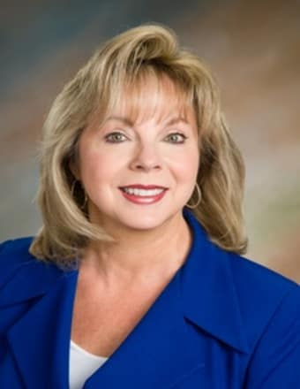 Lynne VanDeventer Profile Picture, Go to agent's profile.