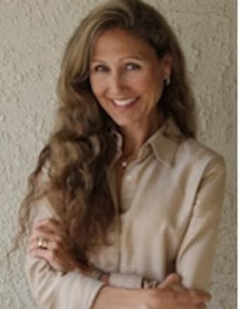Kitty Mora Profile Picture, Go to agent's profile.