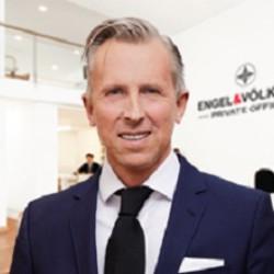 Sven Müller Profile Picture, Go to agent's profile.