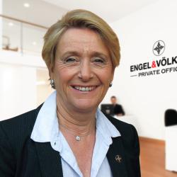 Agnès Pillet Profile Picture, Go to agent's profile.