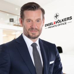 Mark Hüsges Profile Picture, Go to agent's profile.