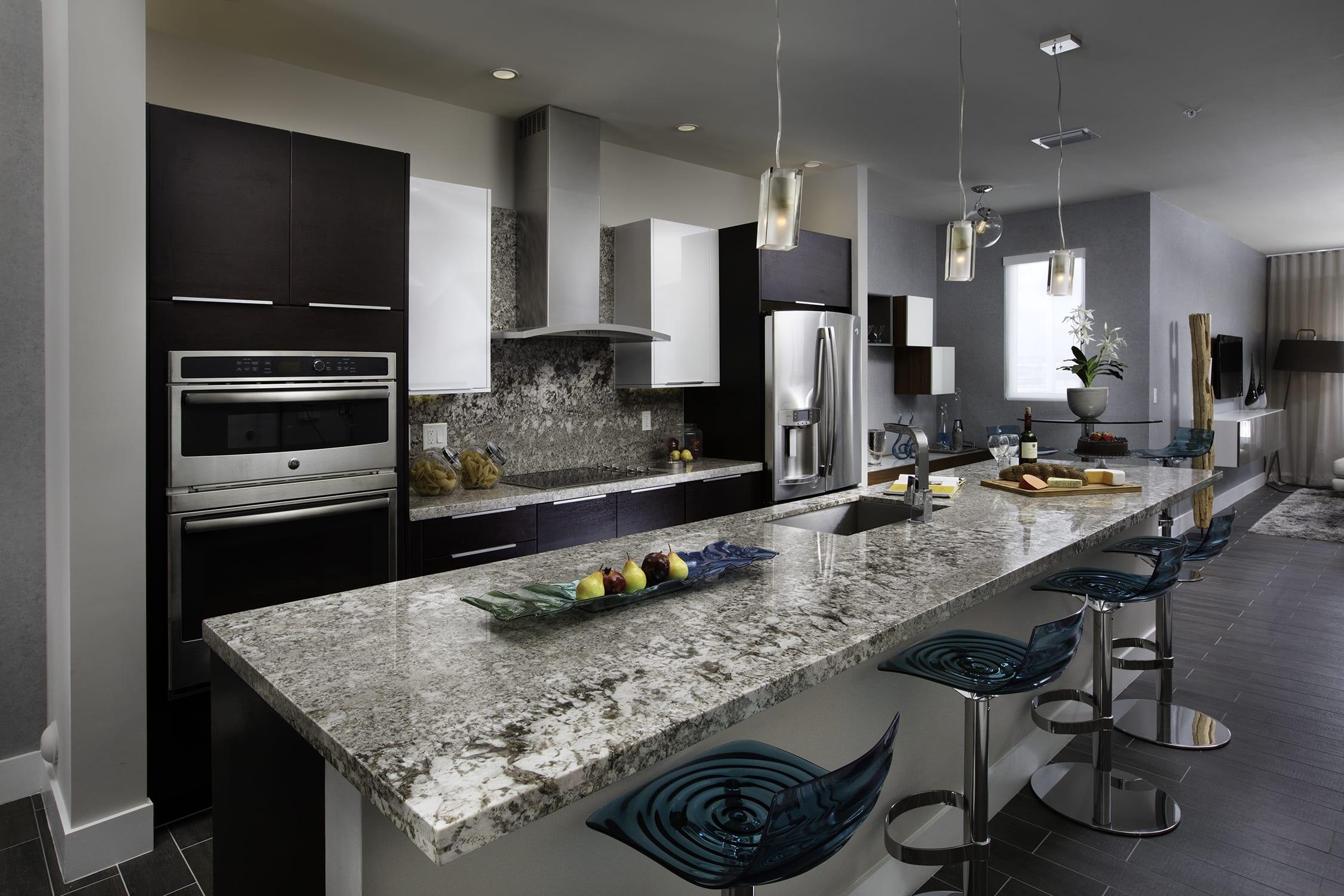 Madison Pointe The Metropolitan Dream Kitchen Luxury Homes