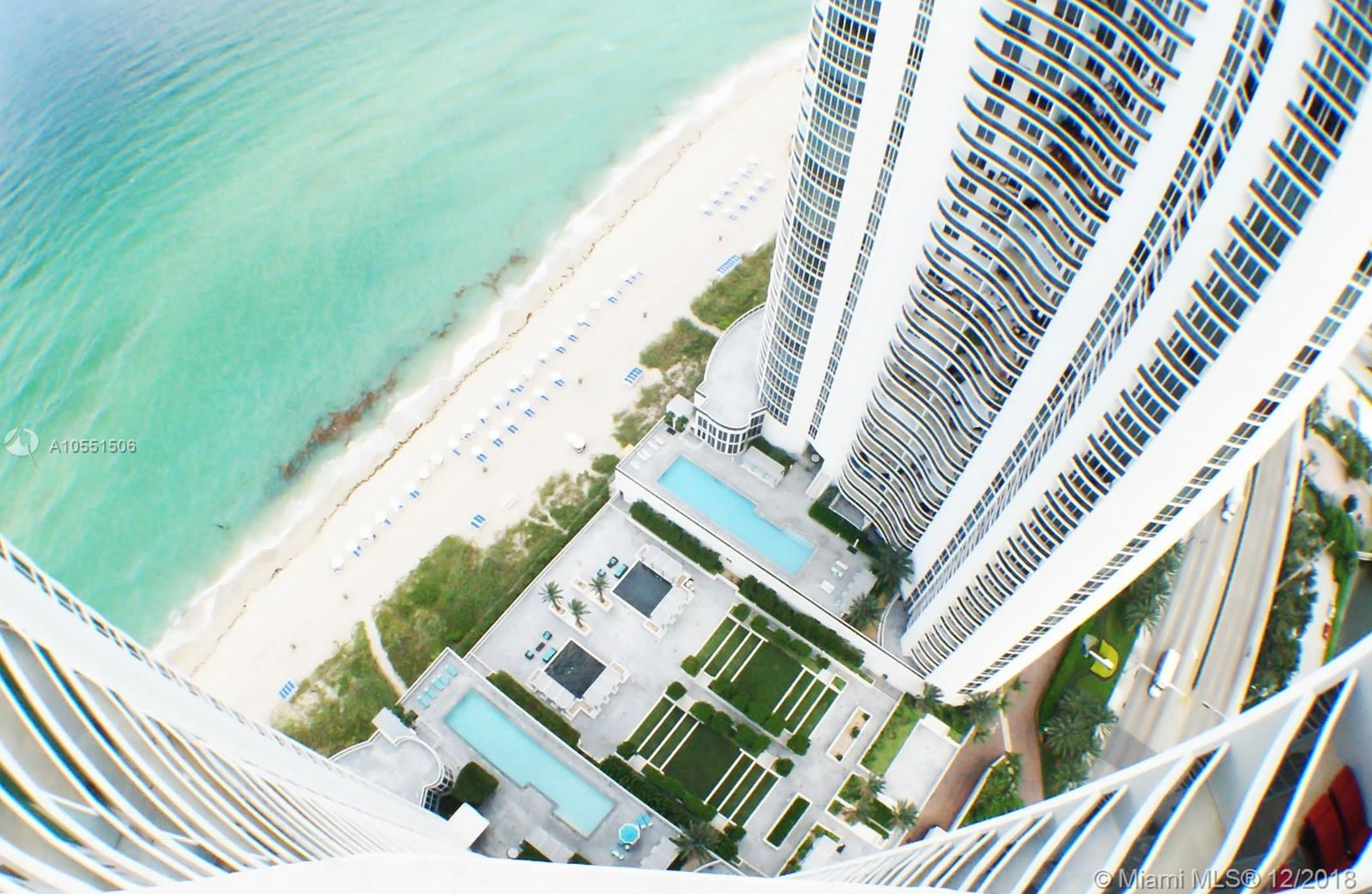 16001 Collins Ave 3807