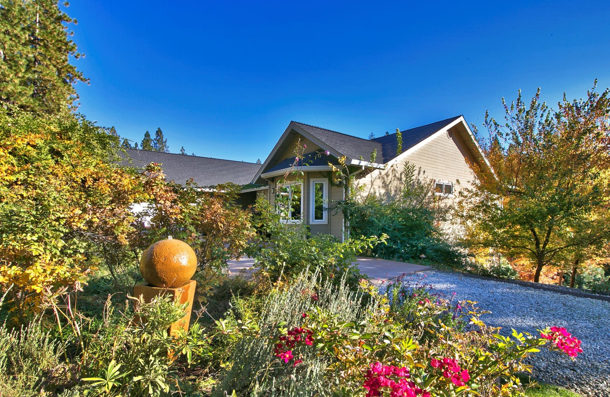 24650 Volcano Trail, Pioneer, Ca - Front