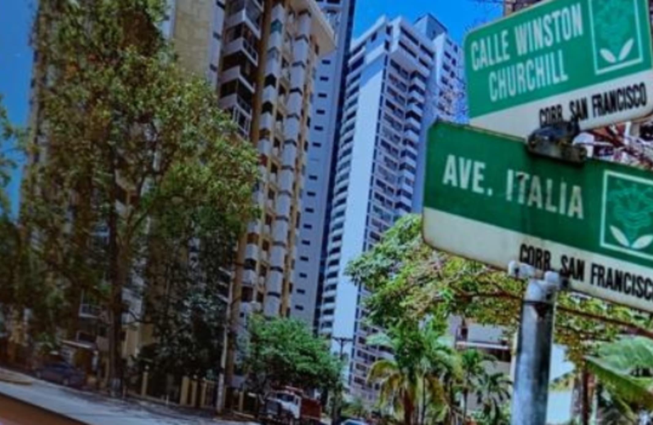 Panama, Punta Paitilla Via Italia Y Winston Churchill Apto 1 B