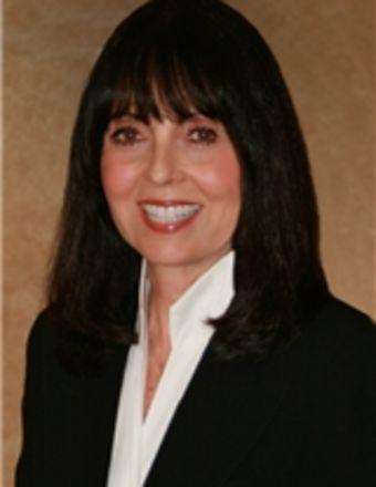 Elizabeth Summers Profile Picture, Go to agent's profile.