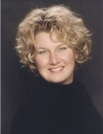 Elizabeth Comerford Profile Picture, Go to agent's profile.