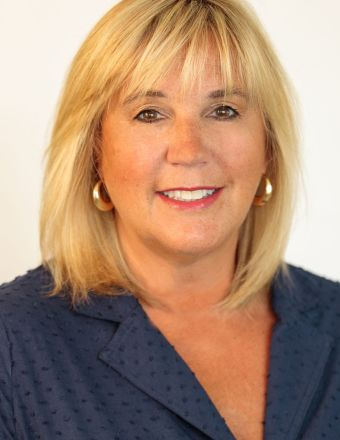 Christine Powers Profile Picture, Go to agent's profile.