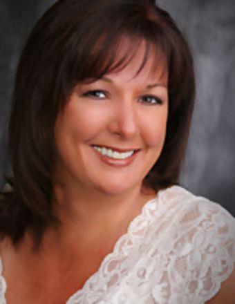 Dawnene Bunkall Profile Picture, Go to agent's profile.