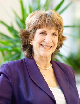 Elizabeth Sosnick Profile Picture