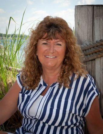 Patti Couperthwaite Profile Picture