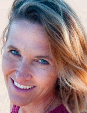 Eileen Collins Profile Picture