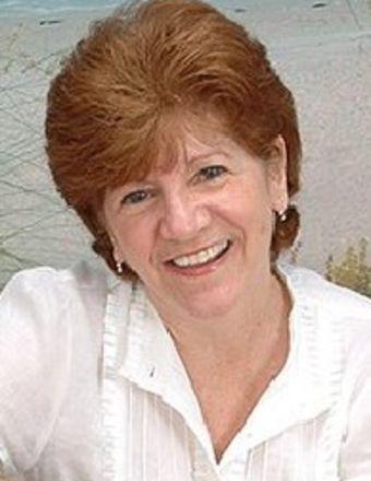 Maggie Curtis Profile Picture