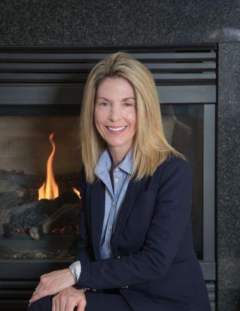 Mary Bosio Profile Picture, Go to agent's profile.