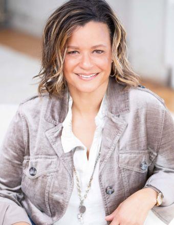 Angela Weaver Profile Picture, Go to agent's profile.