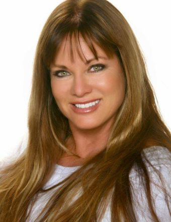 Jeana Keough Profile Picture
