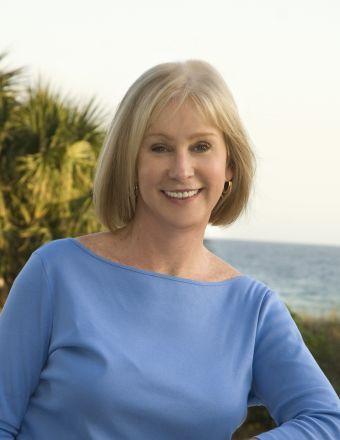 Vicki Matthews Profile Picture, Go to agent's profile.