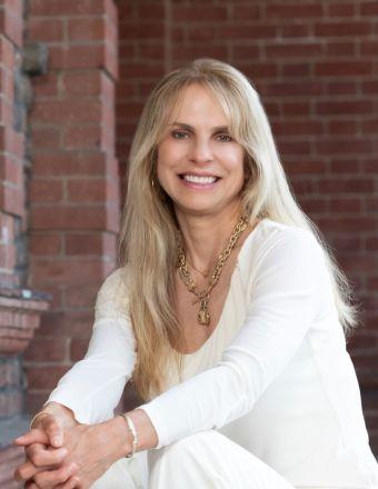 Wendi Selig-Aimonetti Profile Picture, Go to agent's profile.