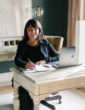 Cheryl Fine-Whitteron Profile Picture, Go to agent's profile.