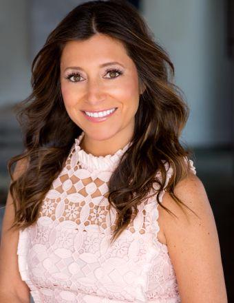 Dawn McKenna Profile Picture, Go to agent's profile.