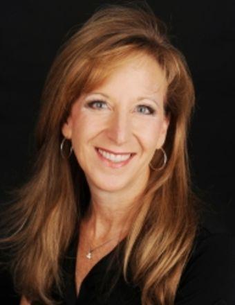 Carmen Hennelly Profile Picture