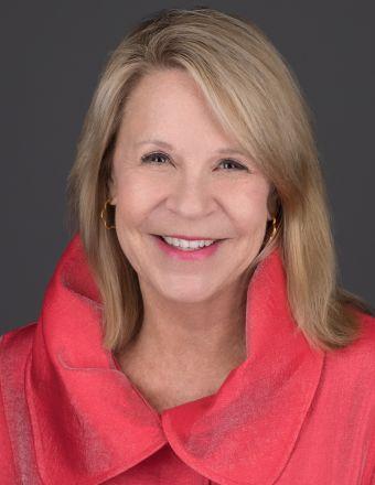 CARLYE BAENEN Profile Picture