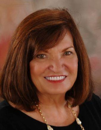 Linda DAVIS Profile Picture, Go to agent's profile.