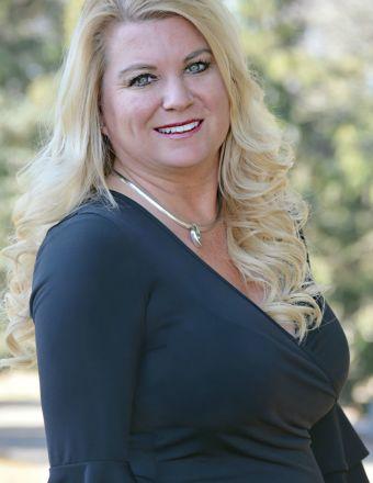 Dixie Lundquist Profile Picture
