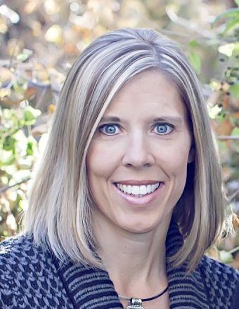 Brittany Dell Profile Picture, Go to agent's profile.