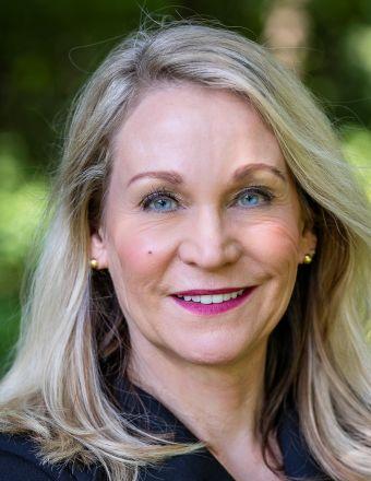 Barbie Murawski Profile Picture, Go to agent's profile.