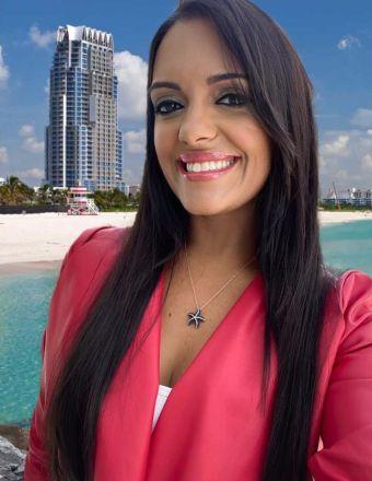 Renata Santos Profile Picture