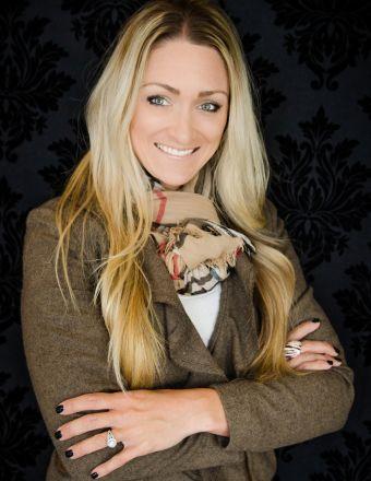 Teresa Chamness-Machado Profile Picture, Go to agent's profile.