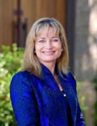 Lisa Filipps Profile Picture, Go to agent's profile.