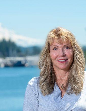 Linda Petersen Profile Picture, Go to agent's profile.