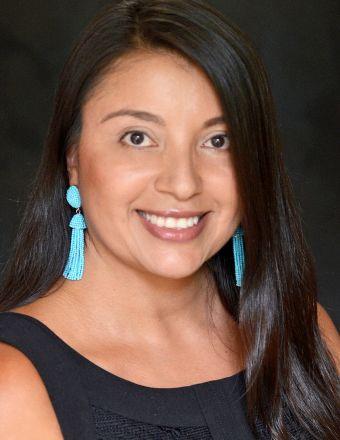 Christela Becker Profile Picture