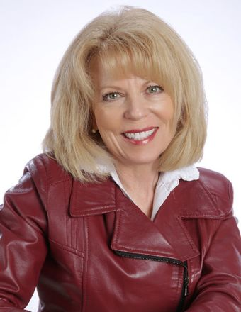 Cindy Peschel-Hull Profile Picture, Go to agent's profile.