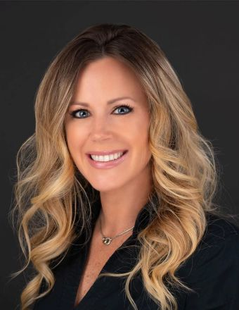 Stephanie Hiner Profile Picture, Go to agent's profile.