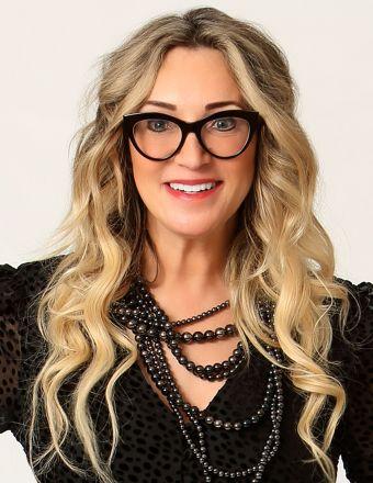 Zoë Van Oss Profile Picture