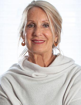 Karen Waters Profile Picture, Go to agent's profile.