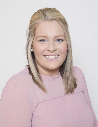 Elizabeth Roche Profile Picture