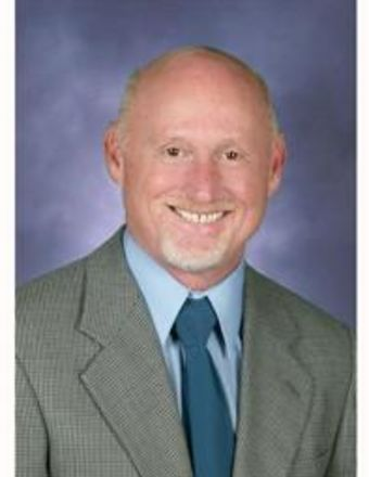 Eduardo Dennis Profile Picture, Go to agent's profile.