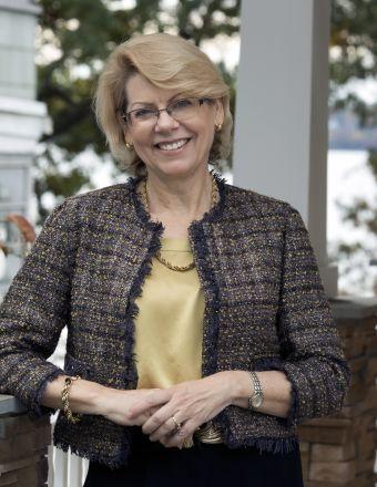 Bonnie Wolfe Profile Picture, Go to agent's profile.