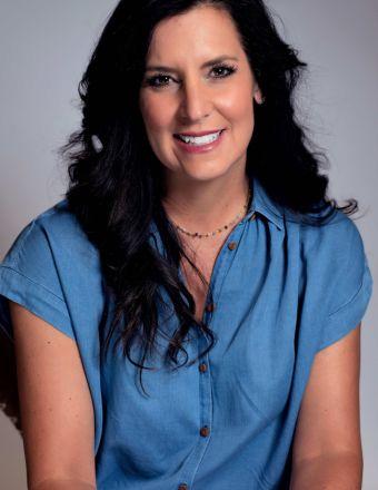 Christina Mooney Profile Picture, Go to agent's profile.