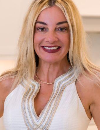 Lora Cashi-Haught Profile Picture