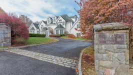 160 Chestnut Hill Rd, Ridgefiled, Ct