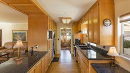 26626 Paradise Valley Rd - Kitchen