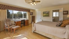 26626 Paradise Valley Rd - Bedroom