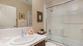 49 Hidden Trail  Prestigious Turtle Ridge Irvine With Forever Views! - Upstairs Bathroom 3